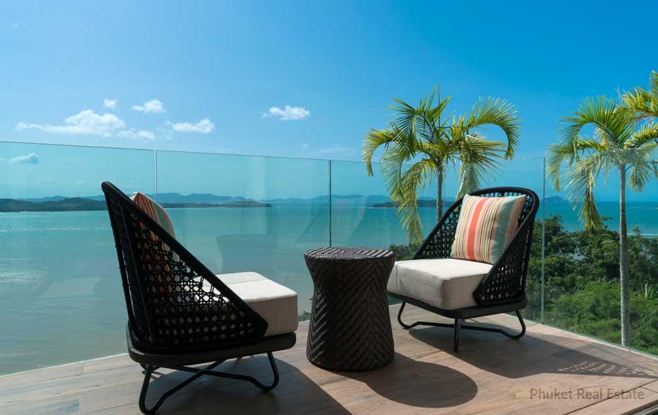 Phuket-Grand-Bay-Suite_5-Balcony-with-seaview